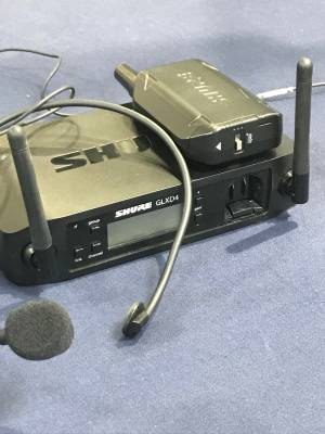 Store Special Product - Shure GLXD14/PGA31 Headset Wireless System